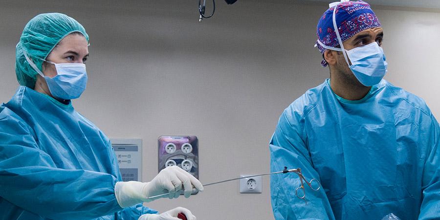 elegir al mejor equipo de cirujanos de columna en madrid